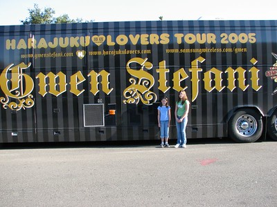 Gwen Stefani/Black Eyed Peas - 23 Oct 05 - Arco Arena - Sacramento, CA