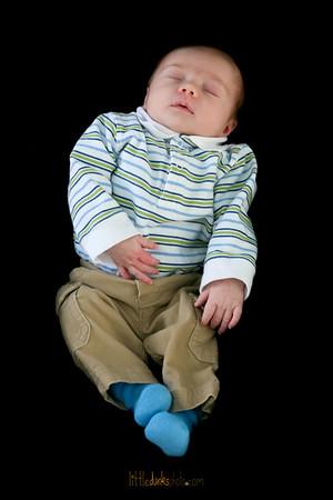 Baby Cooper-11.21.09-3 weeks