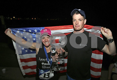 2-from-us-join-elite-club-7-marathons-7-days-7-continents