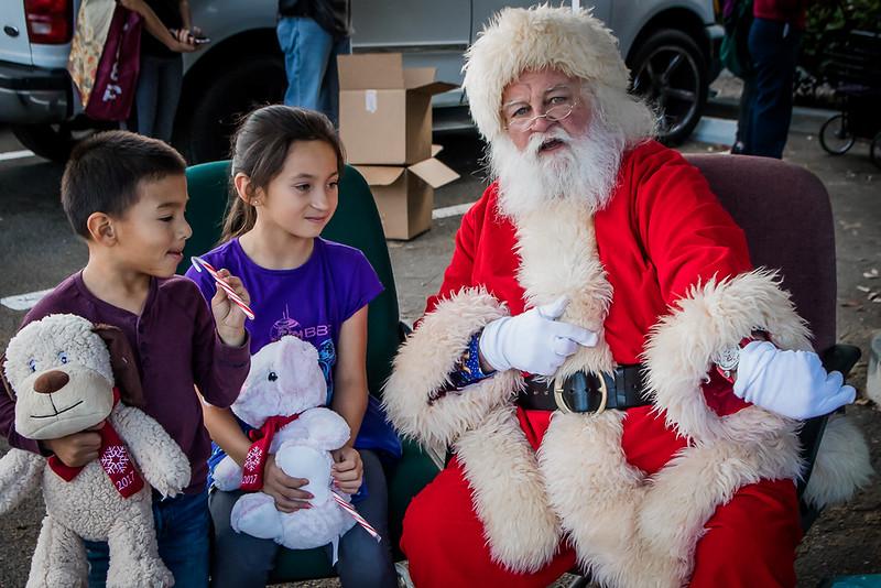 BOL_Santa_Visit-123.jpg