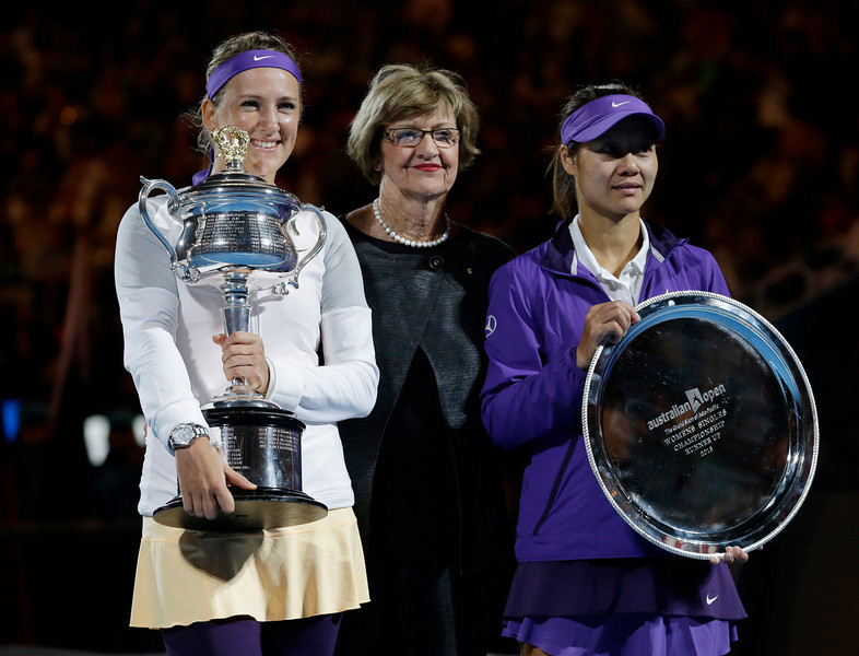 . Victoria Azarenka, left, of Belarus poses with  China\'s Li Na, right, and former Australian Open winner Margaret Court after Azarenka won the women\'s final at the Australian Open tennis championship in Melbourne, Australia, Saturday, Jan. 26, 2013.  (AP Photo/Andy Wong)