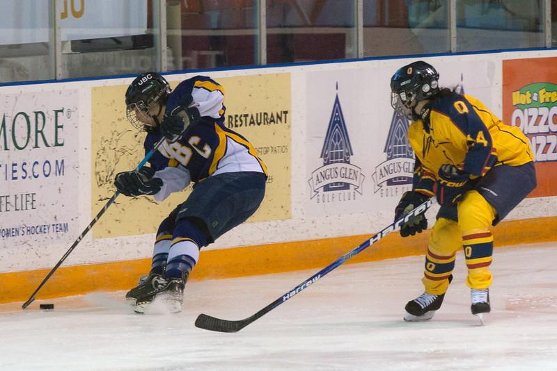 20130310 QWHockeyvsUBC 391.jpg