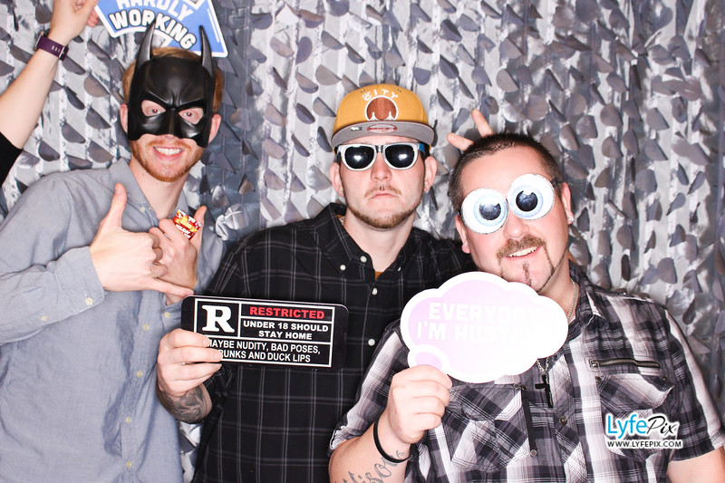 red-hawk-2017-holiday-party-beltsville-maryland-sheraton-photo-booth-0204.jpg