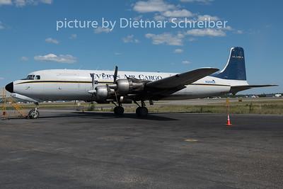 N351CE Douglas DC6