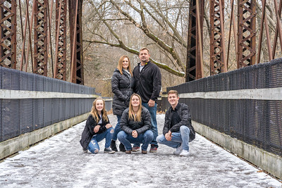 Travis and Angie Palmer Family 2018