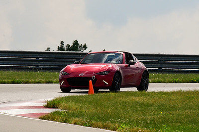 2020 SCCA TNiA June Pitt Race Interm Burgundy Miata HT