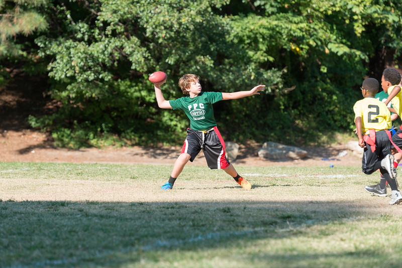 Peachtree Pres Flag Football (4 of 17).jpg