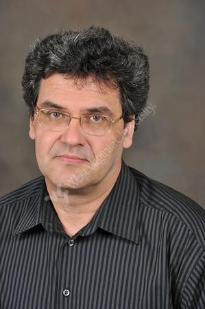 26903 Mario Prhinschi Studio Portrait