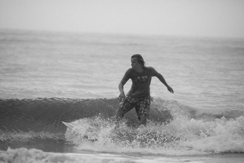 Surf_BW_026.jpg