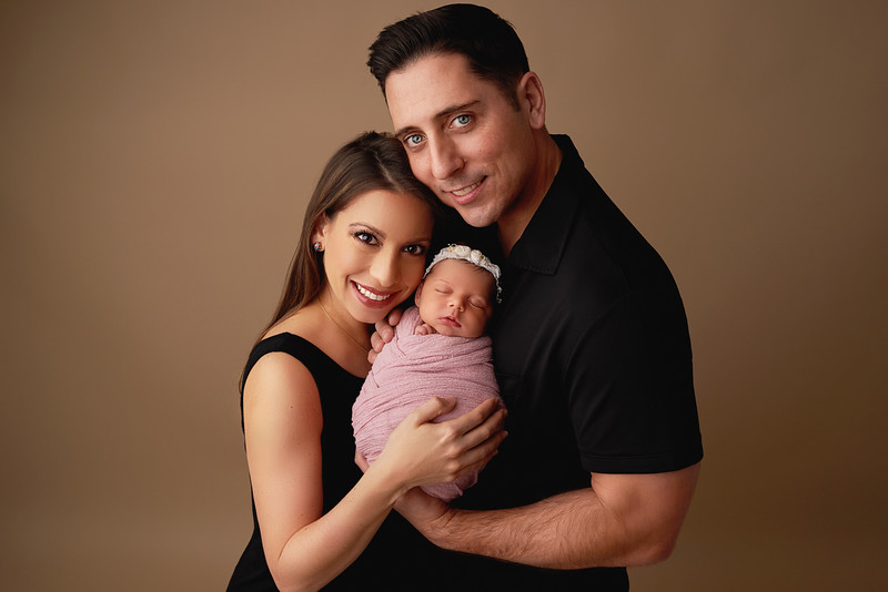 Familypicture2140Gina Julianna.jpg