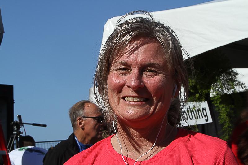 20101010.ml.victoriamarathon-854