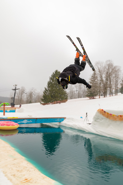 Pool-Party-Jam-2015_Snow-Trails-700.jpg