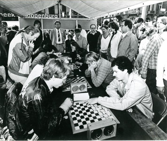 27 aug, 5e rabotoernooi. Rob Clerc (2e rechts.jpg