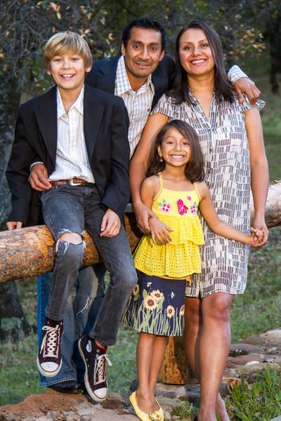 11-24 Sena Family-61.jpg