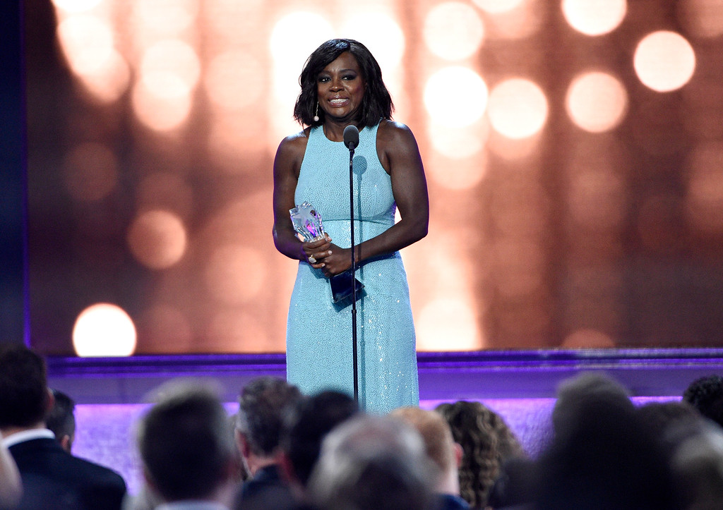 . Viola Davis accepts the #SEEHER award at the 22nd annual Critics\' Choice Awards at the Barker Hangar on Sunday, Dec. 11, 2016, in Santa Monica, Calif. (Photo by Chris Pizzello/Invision/AP)