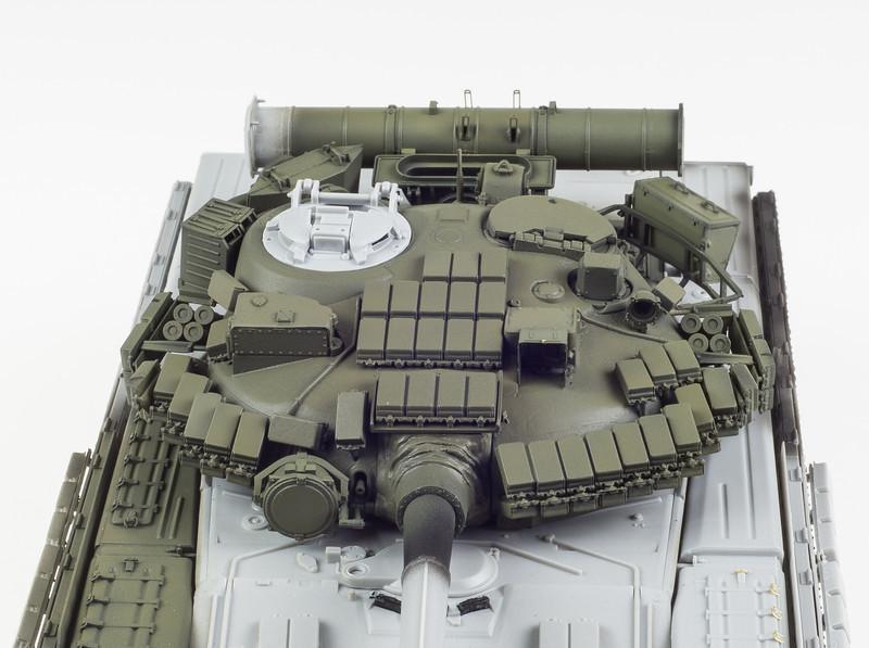 Trumpeter T-80BV 04-09-14-7.jpg