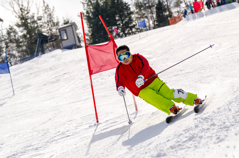 Standard-Races_2-7-15_Snow-Trails-139.jpg