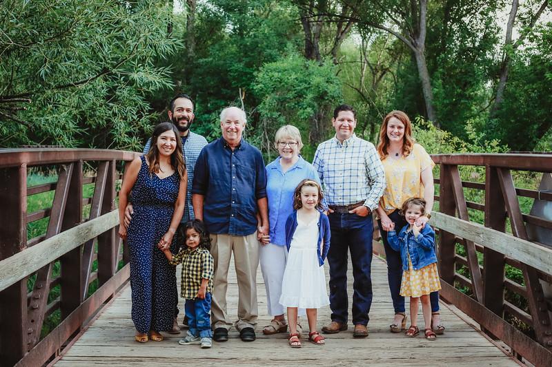 family-32-2.jpg