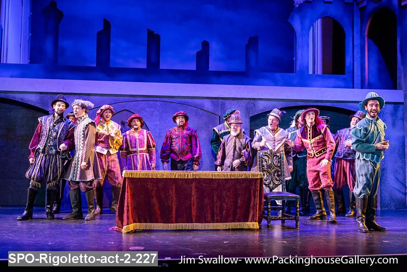 SPO-Rigoletto-act-2-227.jpg
