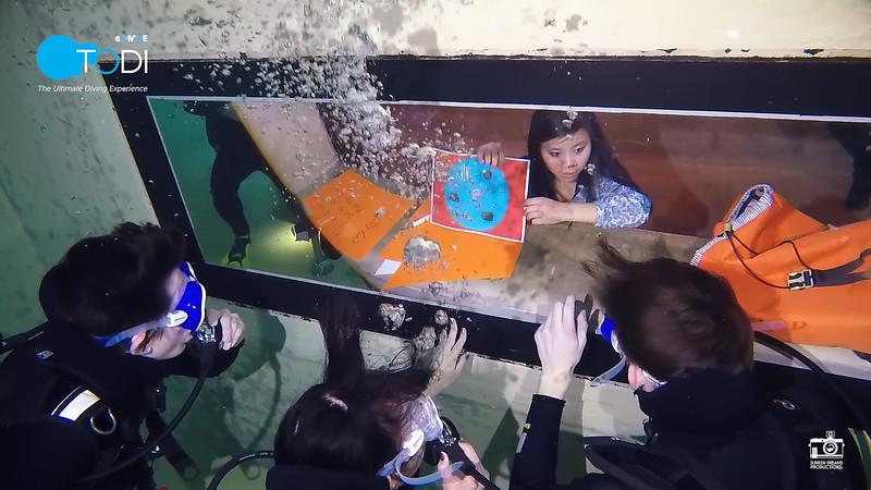 Nickelodeon.00_33_12_49.Still107.jpg