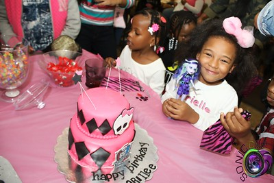 OCTOBER 24TH, 2015: ARIELLE'S 6TH BIRTHDAY BASH