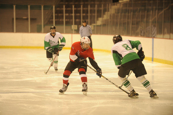 2013 Christmas Hockey: LaSalle vs. Mason (RR)