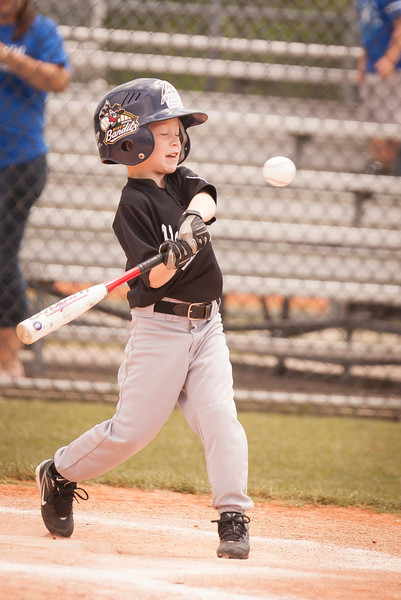 Younger Baseball-19.jpg