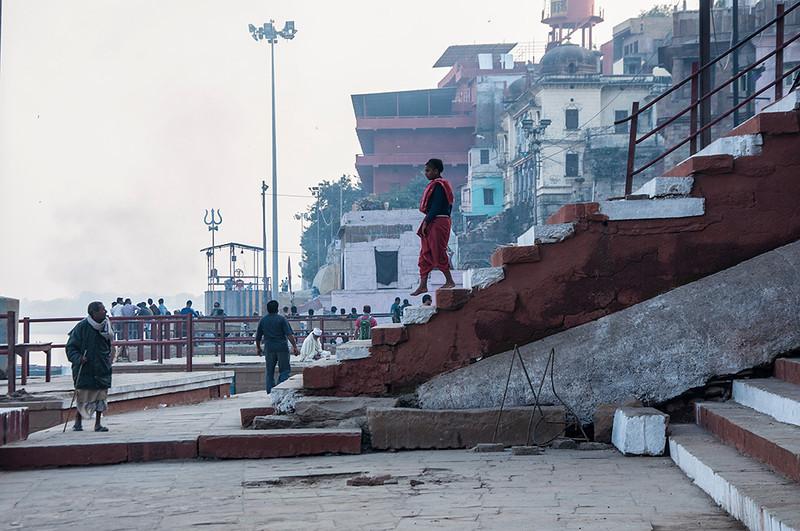 Varanasi-DownTheStairs.jpg