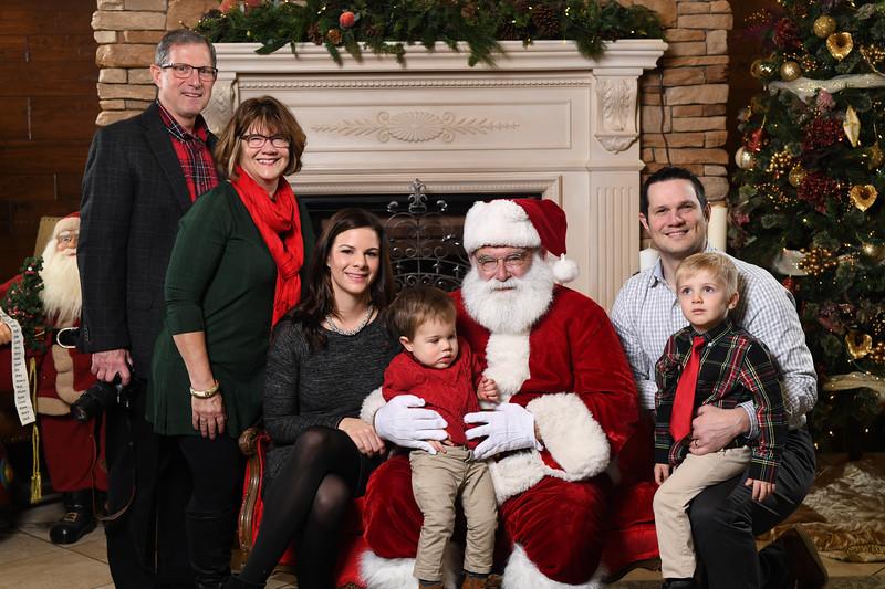 Santa2018.TylerBoye.-53.jpg