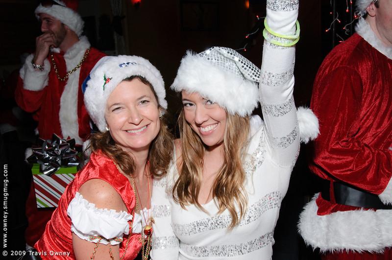 2009 ALS Santa Crawl-101.jpg