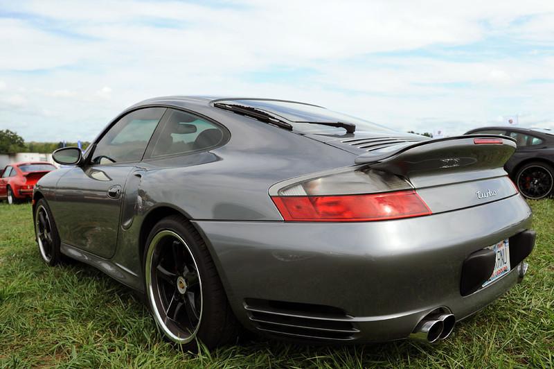 Porsche Turbo.jpg