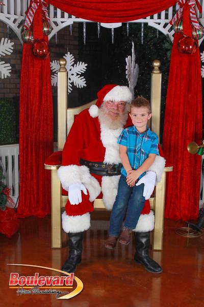 Santa 12-10-16-130.jpg
