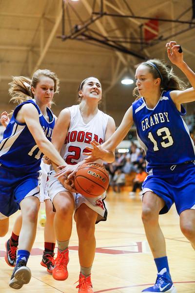 Hoosac Valley girls win W. Mass DIII Bball Final-030715