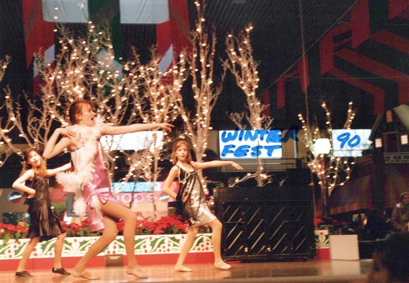 Dance_0316_a.jpg