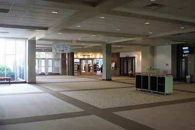 2009-06-20 - Lobby
