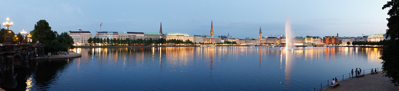 2011 07 04 Hamburg am Abend