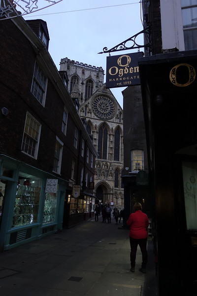 Low Petergate_York_England_GJP03206.jpg