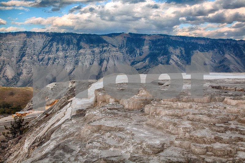 YNP Mammoth overview  4119_HDR.jpg