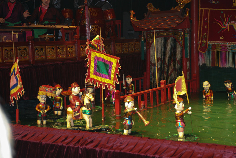Vietnam - ethonology museum and water puppet show 239.jpg
