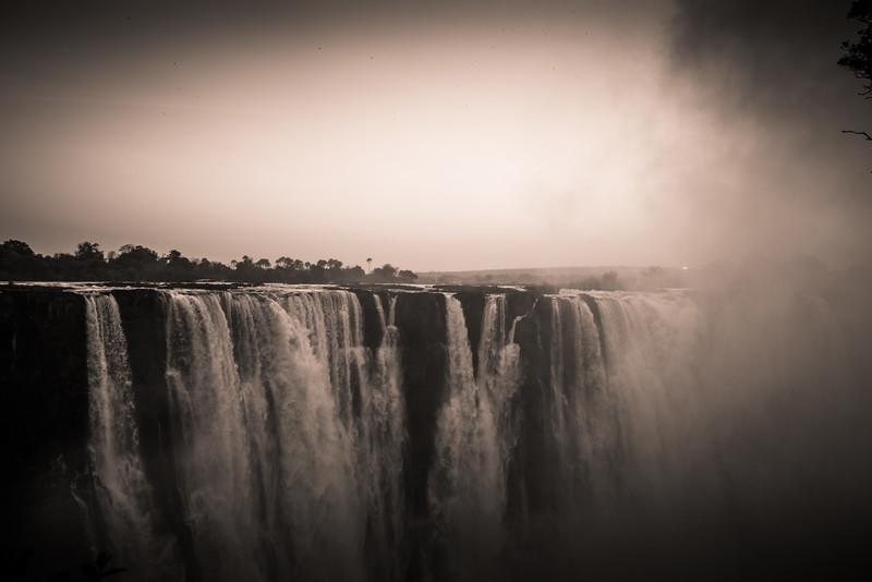 Victoria Falls-120.jpg