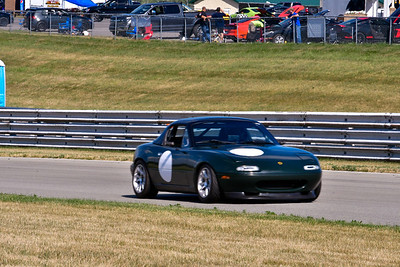 2020 SCCA July 29 Pitt Race Interm Dk Green Miata