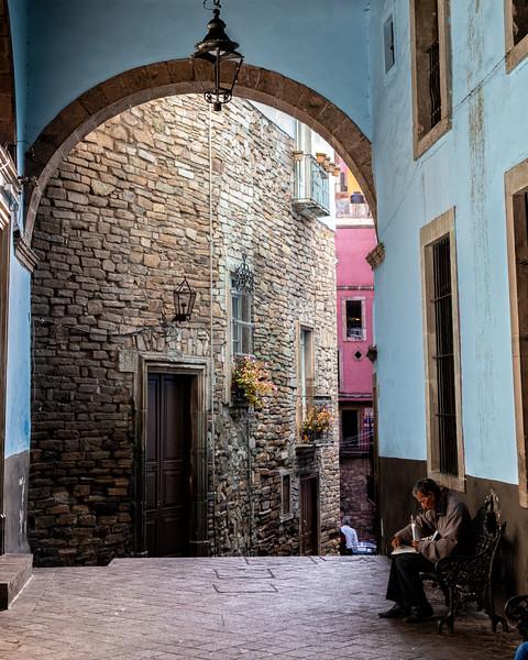 Guanajuato passageway