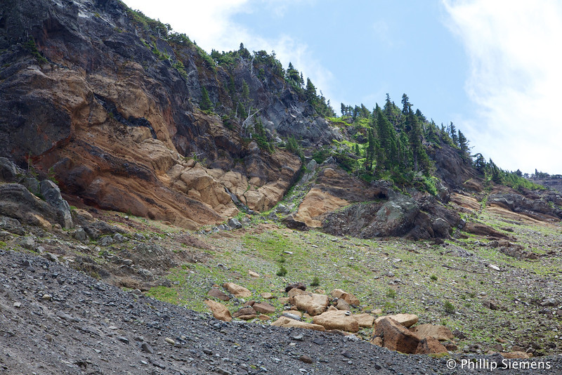 Part of the morraine and crater rim at Three Fingered Jack