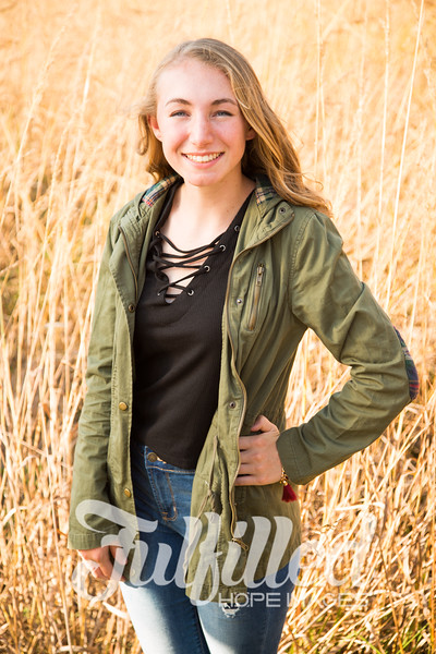 Libby Slinkard Senior Shoot 2016 (14).jpg