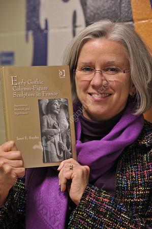 28629 Janet Snyder Portrait November 2012