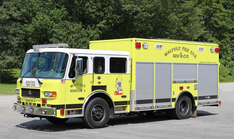 Rescue 4.  2007 American LaFrance Metro Rescue