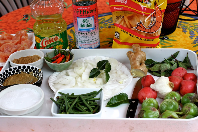Step by Step....preparing Thai Green Curry in the Wok