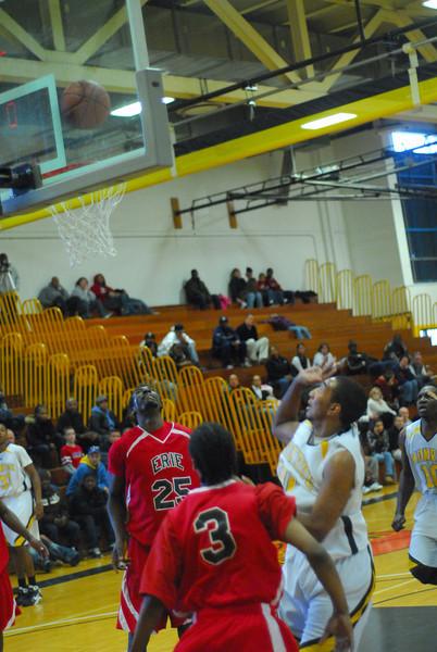 20090301_MCC Basketball_5702.JPG