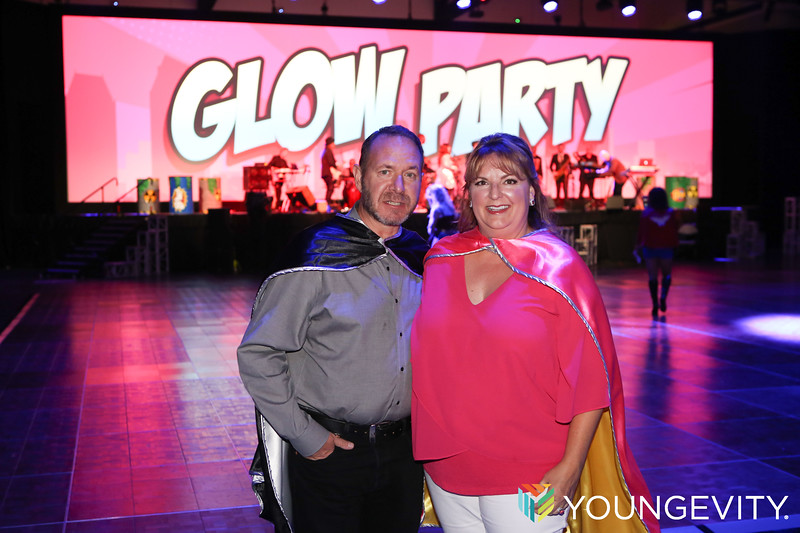 09-21-2019 Glow Party ZG0038.jpg