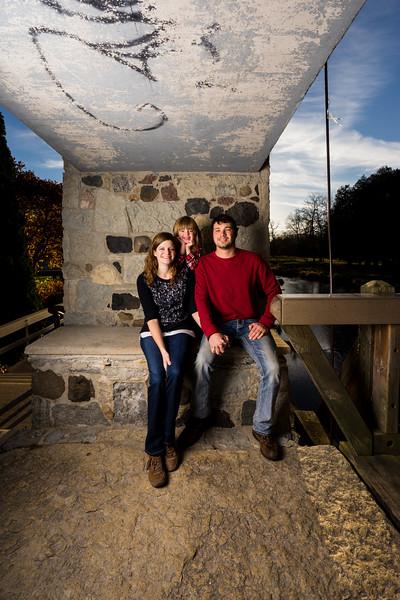 Nikki + Wes Family Portraits 13 of 35.jpg